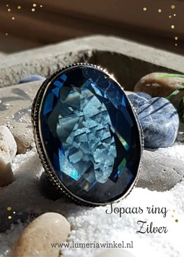 Topaas ring blauw zilver