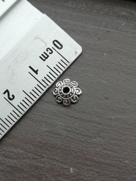 Bloem kapjes 8 mm silver plated