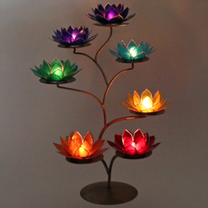 Lotus waxine licht display met 7 chakra lotussen